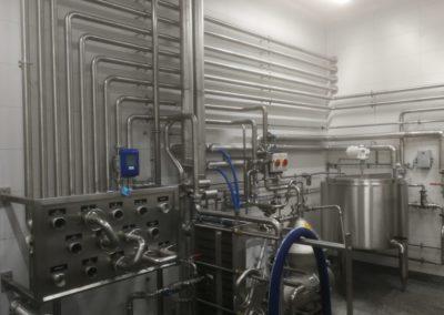 Plattenwärmetauscher, Zentrifuge und Pasteur